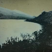 imagen enlace al portafolio de la serie de paisajes de páramos tomados en daguerrotipo (fotografía química experimental)