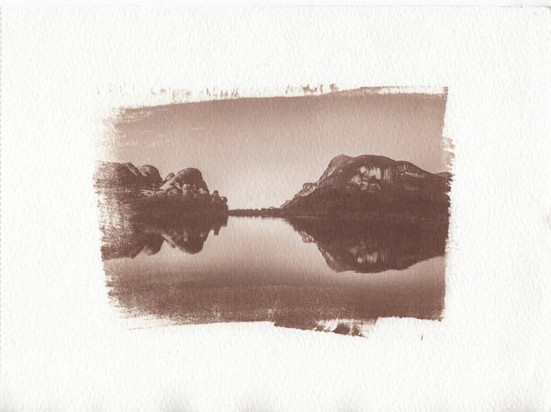 Paisajes peruanos en procesos fotográficos alternativos sobre papel acuarela